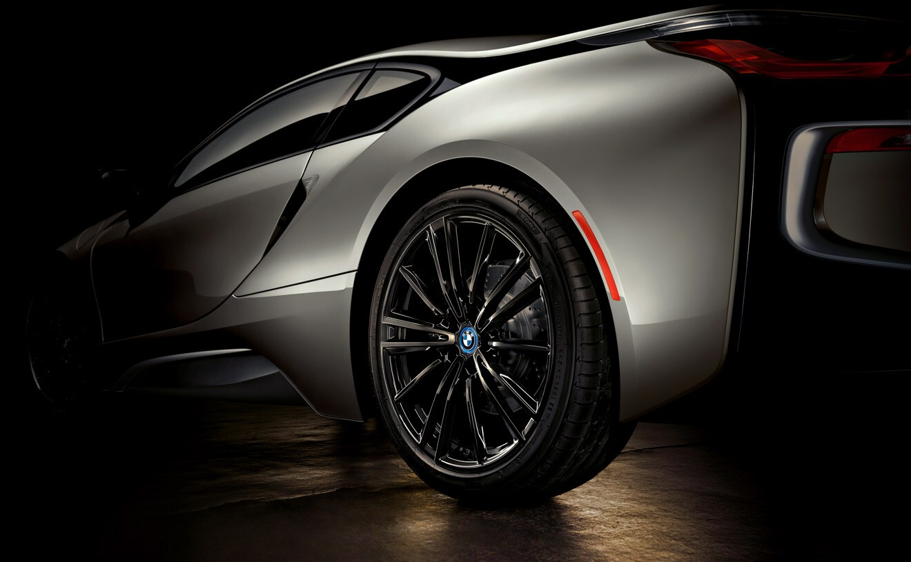 Bmw Driving School >> BMW i8 Model Overview - BMW North America