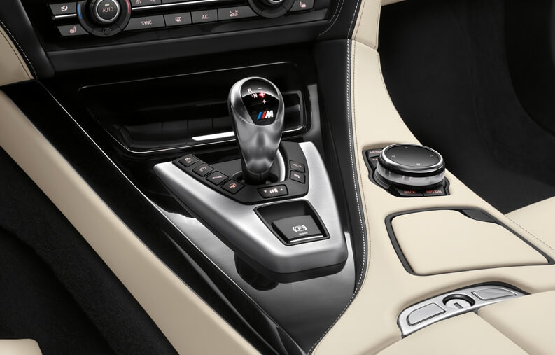 Closeup of the gearshifter in the 2019 BMW M6 Gran Coupe