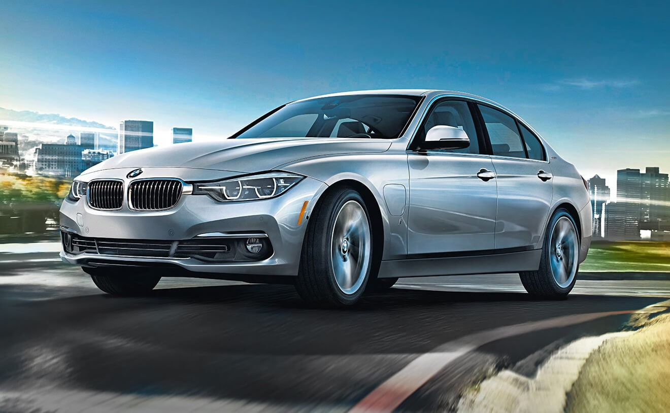 The Bmw 330e Iperformance In Glacier Silver Metallic
